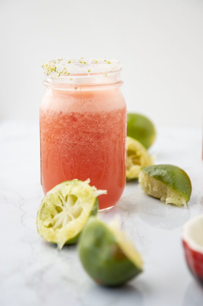 watermelon margarita with limes