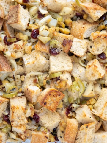Fennel apple & tempeh stuffing