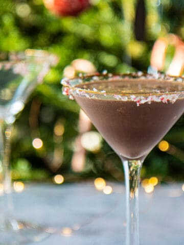 chocolate peppermint-tini in front of christmas tree