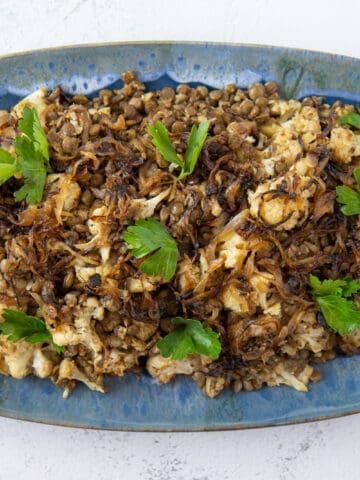 caramelized onions, lentils and cauliflower salad
