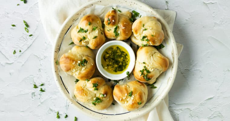20 Minute Garlic Knots
