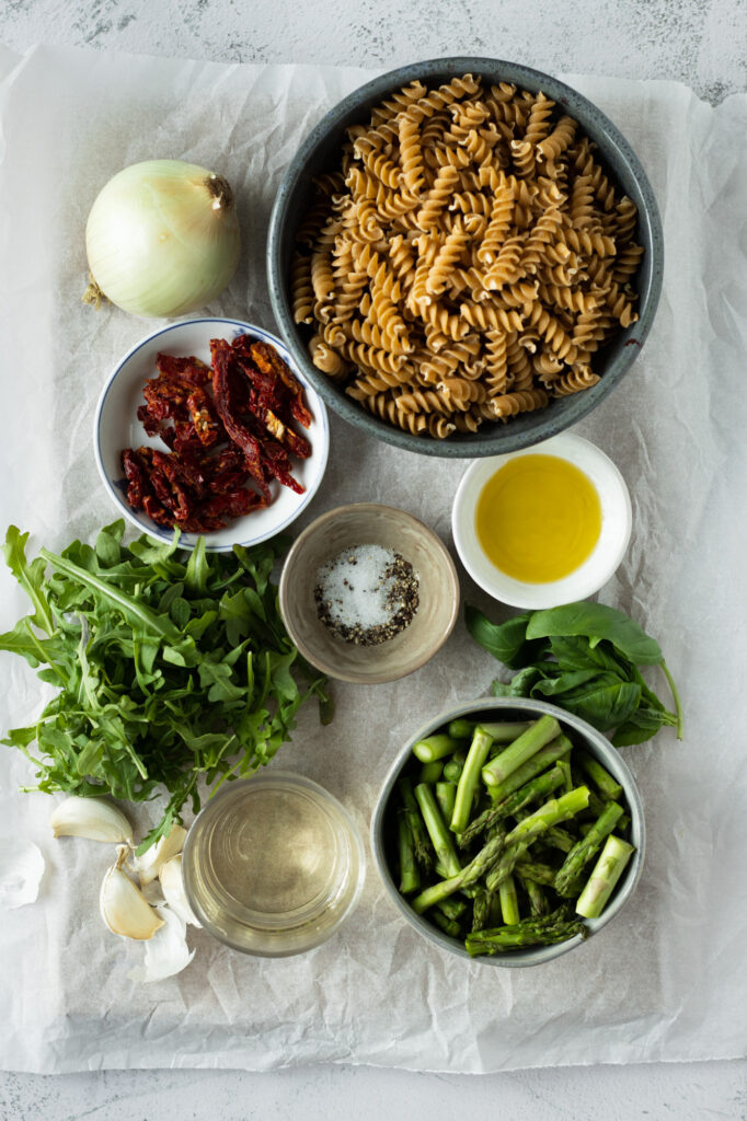 asparagus and sundried tomato rotini ingredients