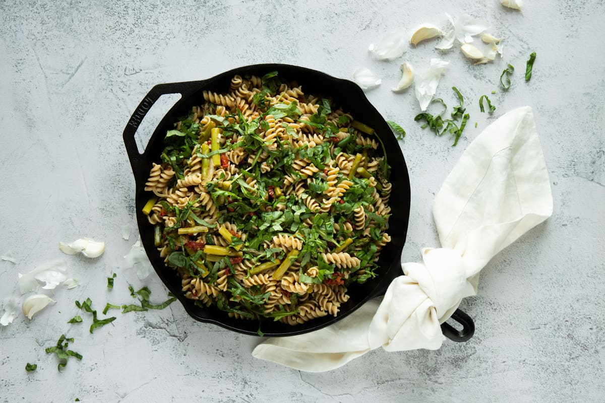 Asparagus and Sun-Dried Tomato Rotini