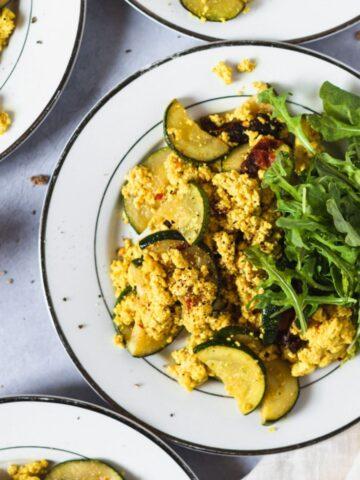 zucchini tofu scramble with arugula